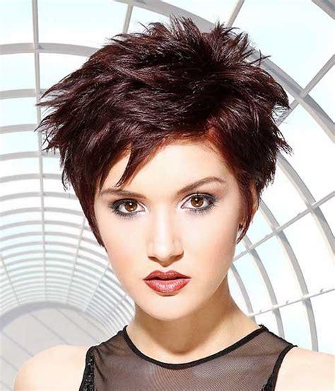 popular short hair salon picture 6