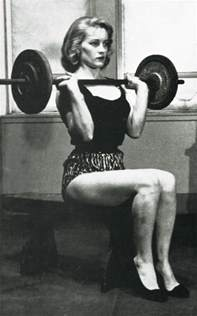 muscular females overpowering men picture 6