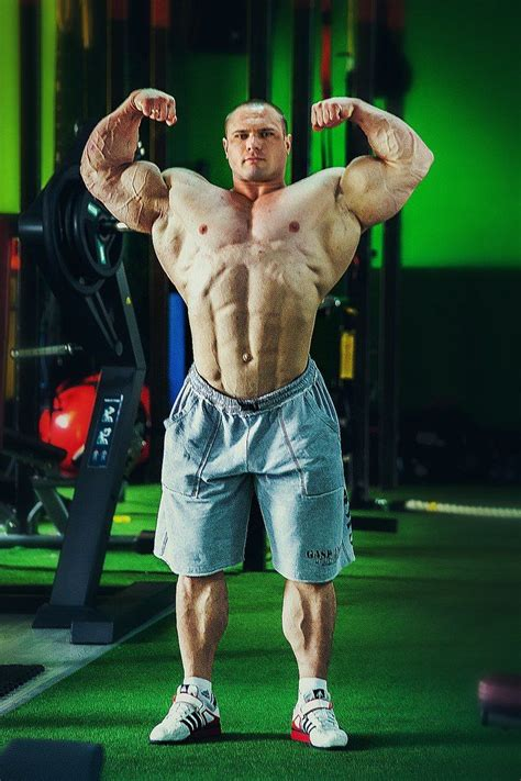 arkady muscle picture 2