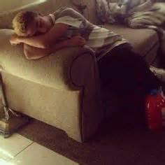s sleeping behavior picture 5