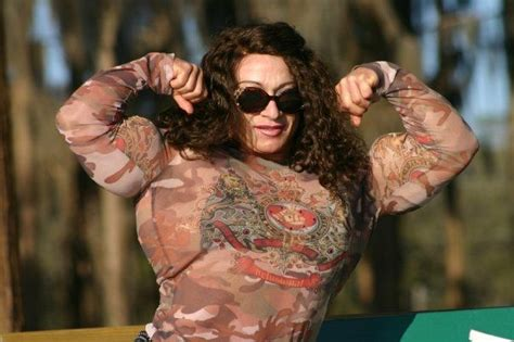 colette guimond female muscle picture 3