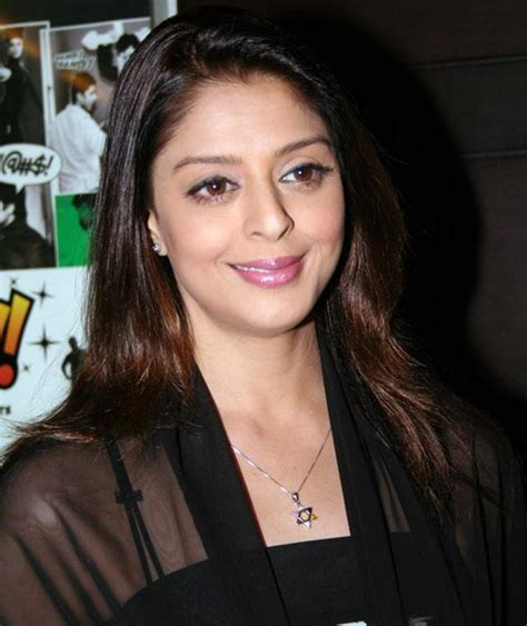 aunty ne hair remover mangvaya picture 5