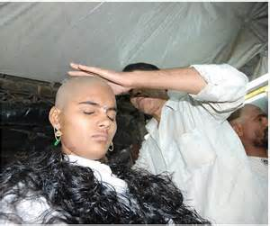 indian female headshave story at barber picture 3