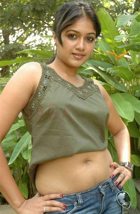 mallu sexy poses picture 1