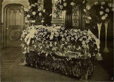 bladder casket picture 6