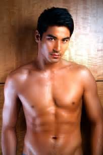 hot men in the philippines picture 1