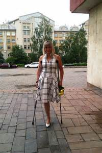 women amputees on crutches picture 5