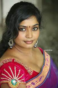 middle mallu plus aunties hot picture 11