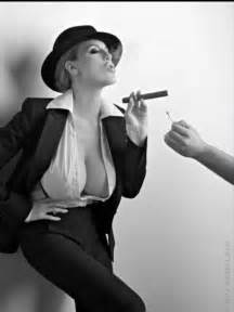 big breasted women smoking picture 1