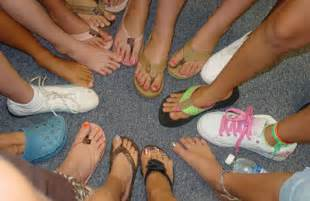 girls from all you can feet picture 7