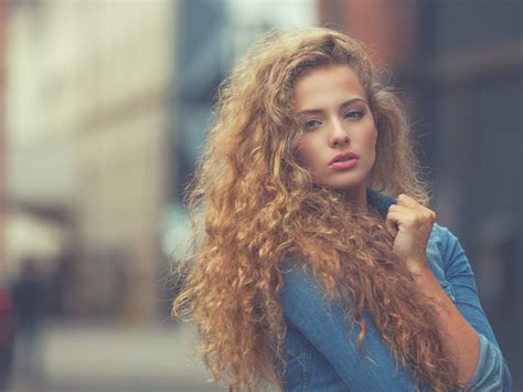 curly hair shampoo picture 2