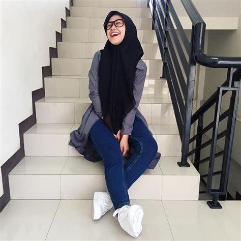 muslim hijab aurto ke chudai store picture 2