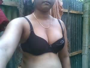 pic dewar holding breast of bhabhi picture 17