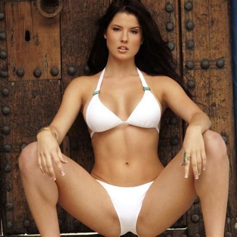 hot girl without open body picture 10