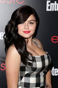 alex modern family breast size picture 11