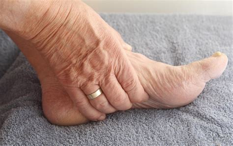aging foot picture 7