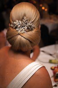 Beautiful wedding hair buns picture 2