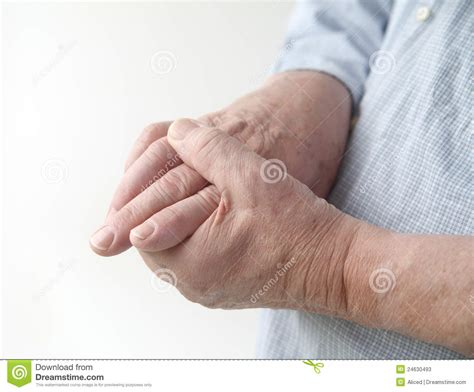 allergies and thumb joint pain picture 11