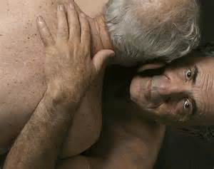 old men bloweing old men on picture 3