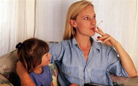 kids helping parents to stop smoking picture 2