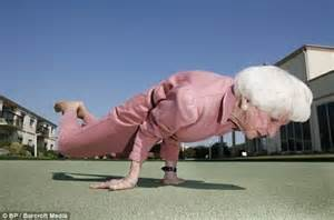 older women with great shapes picture 9