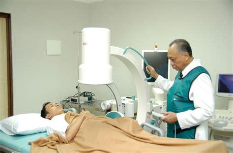 urologist exam for men picture 2