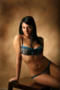indian crossdress male ing sari,bra and blouse in picture 13