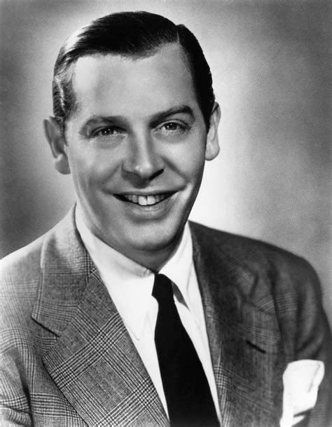 did milton berle have a larger than normal picture 3