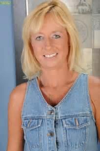 bailyn karup's older women picture 14