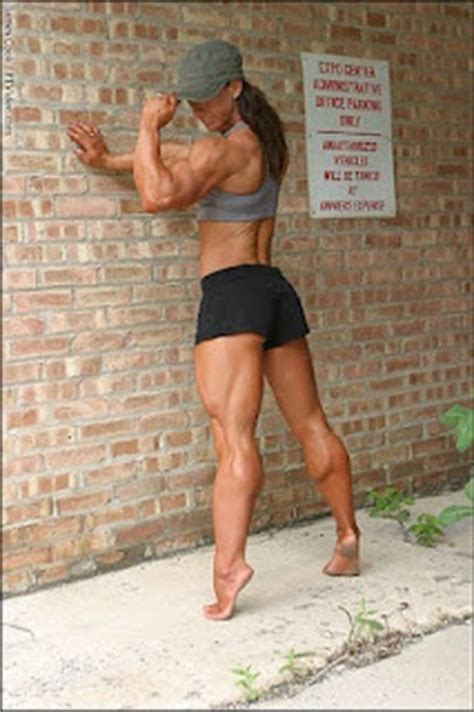 women measuring their muscular legs picture 3