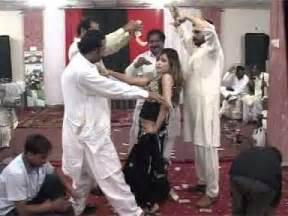 faisalabad mujra picture 5