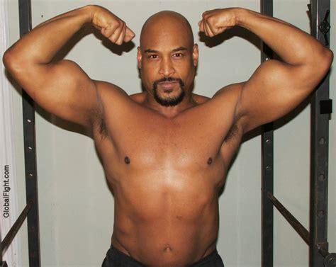 black women bodybuilders/wrestlers picture 5