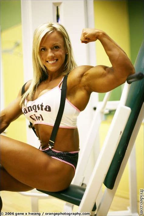 female muscle growth saradas picture 1