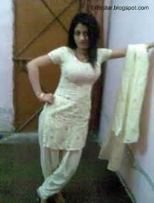 mom ko party me apne frend se sex picture 5