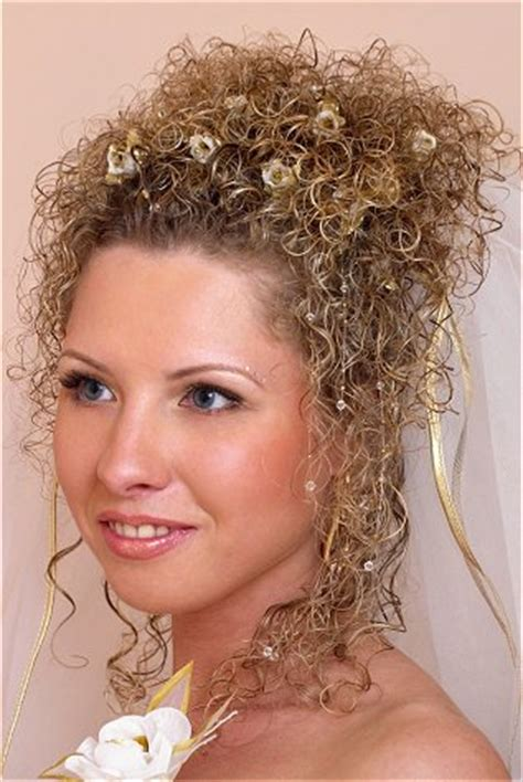 curly frizzie hair updo for wedding picture 3