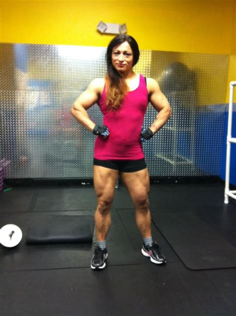 alicia alfaro body builder picture 5