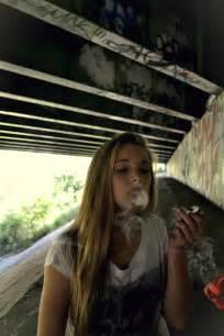 girls smoke marijuana picture 17