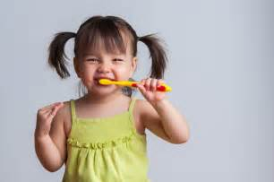 getting young children to brush their teeth picture 6