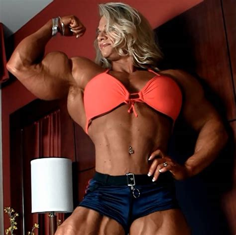 art muscle girl picture 7