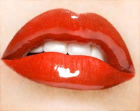 red glossy lips picture 7