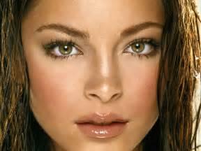 medium natural brown hazel eyes picture 1