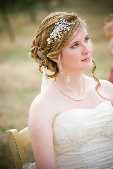 brides hair do's picture 3