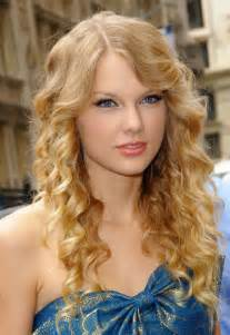current curly hair styles picture 1