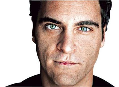Joaquin phoenix lip scar picture 2