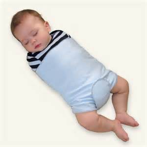 can babies sleep with a pillow picture 18