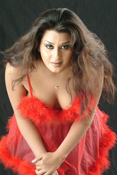 aunty ney breast se muth marvaya picture 15