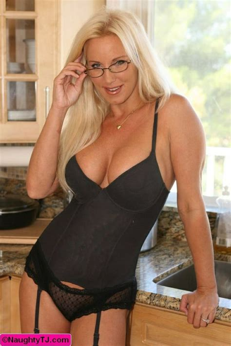 hot free milf tube picture 12