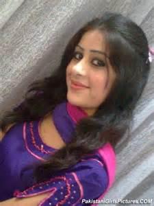 pyari nangi girl picture 5
