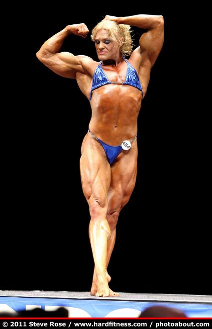 female muscle fiction picture 14