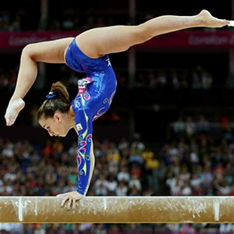 french gymnast bladder while doing gymnastics picture 3